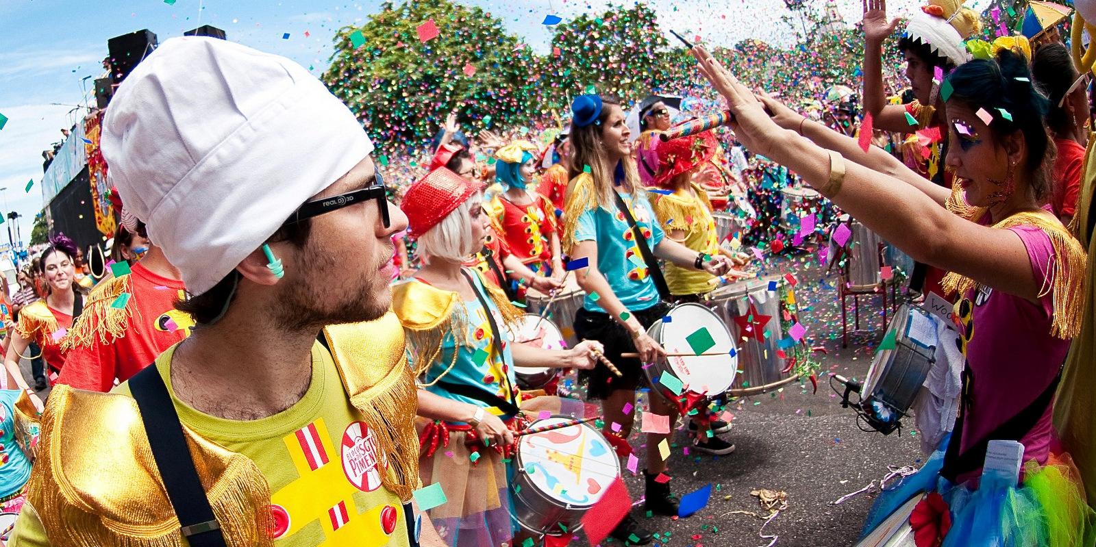 Carnaval cerca del destino: en Castillos!
