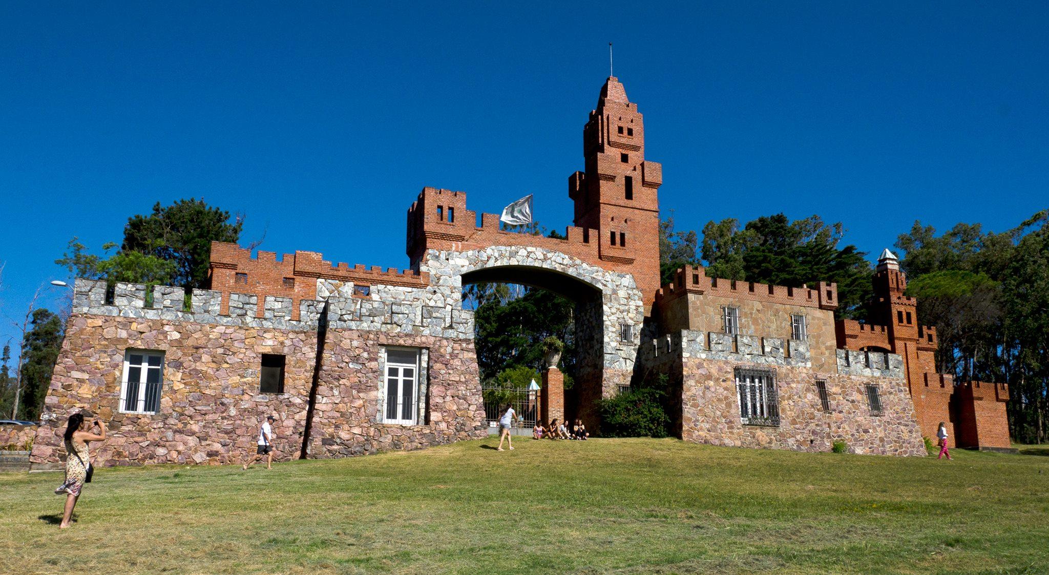Paseo interactivo por el Castillo Pittamiglio!
