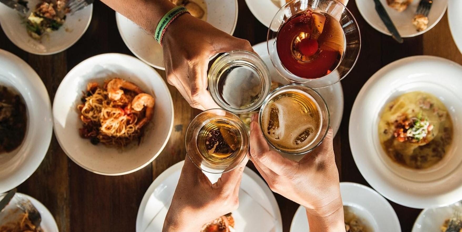 Opciones para celebrar las fiestas fuera de casa